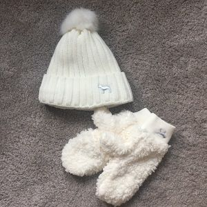 PINK Victoria's Secret Matching Hat and Mittens